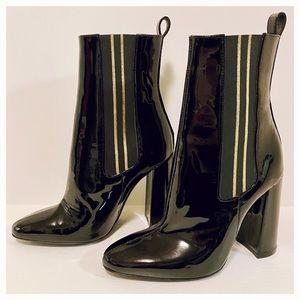 TOMMY HILFiGER Black Leather Women's Boots Sz5.5